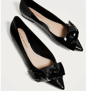 Zara pointed toe patent flats with bow